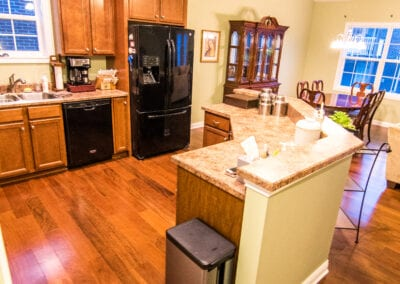 Rosewood Wooden Patten and partitioned Kitchen Modeling
