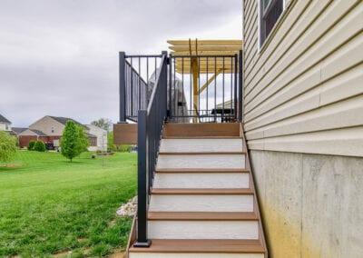 Fenced Stair and Matt Floor Deck Modeling